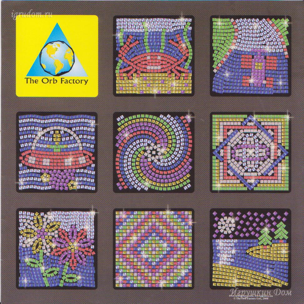 Детали мозаики маленькие, это позволяет делать изогнутые линии, одновременно практически полностью заполняя весь фон...