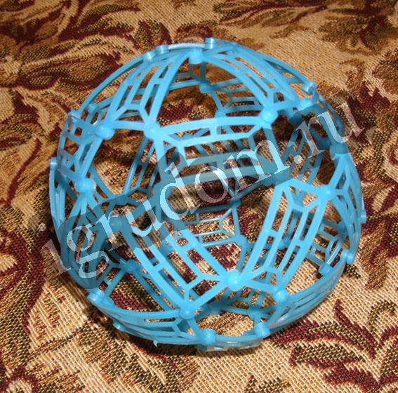 с мячиком из Брикс-эластик